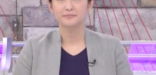 小谷真生子ノーラペルジャケット